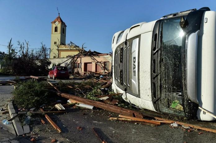 торнадо в Чехии