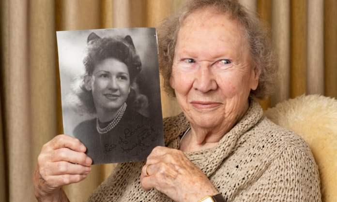 автор 94 года