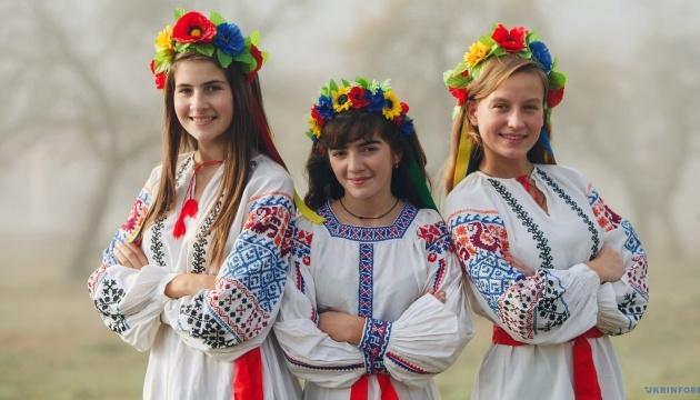 21 мая – День вышиванки: история национального костюма: от древнего оберега до модного тренда