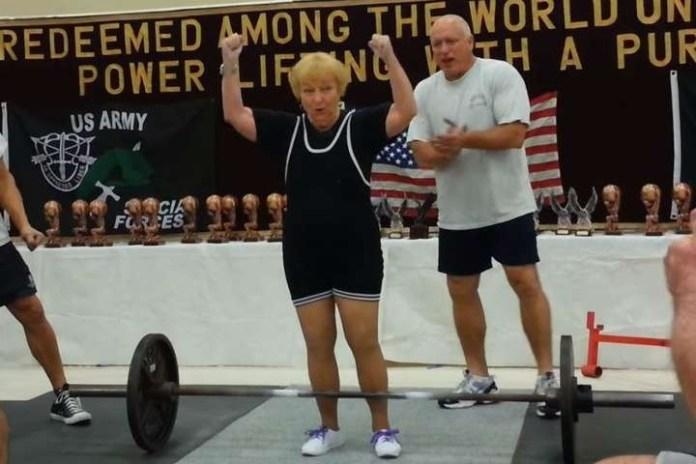 97-летняя спортсменка занимается необычным видом спорта и всегда побеждает
