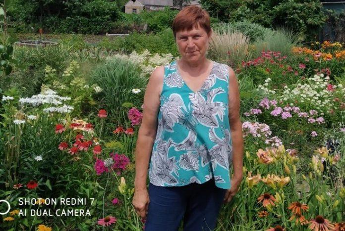 Садовод из Луганской области рассказала, как ухаживать за виноградом и лавандой