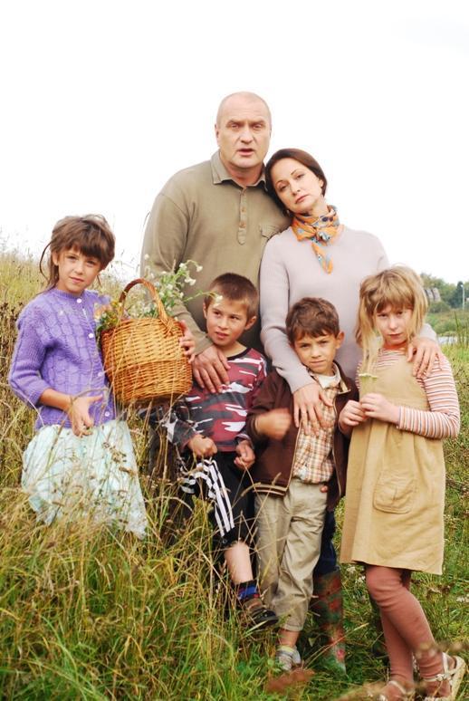 «Дом у большой реки»: Кабо и Балуев усыновили детей
