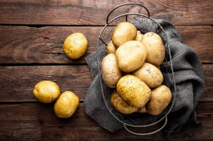 картофель мыть