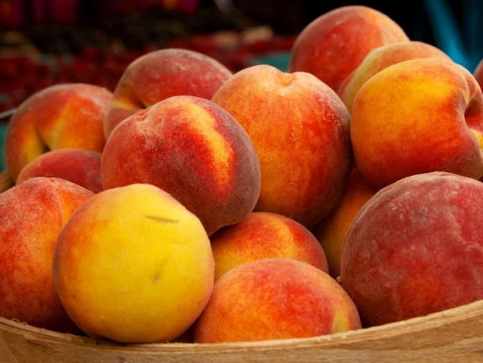 Персик: секреты высоких урожаев