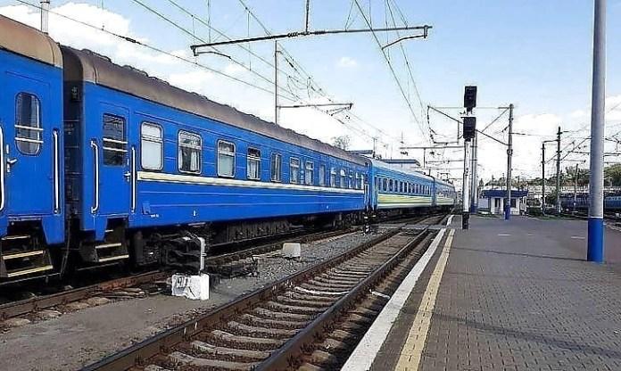 С 26 февраля в Ивано-Франковской области запрещена посадка и высадка пассажиров