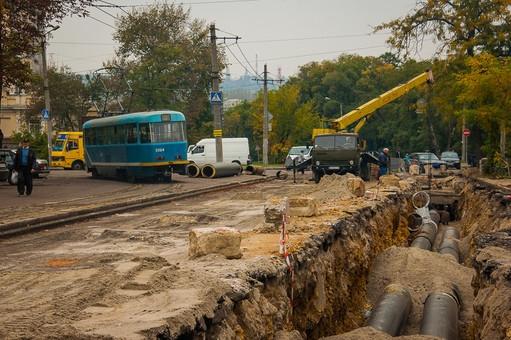 В Одессе троллейбусы и автобусы изменили маршрут