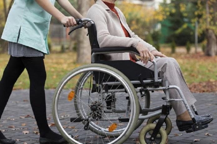 О двух пенсиях для инвалида детства