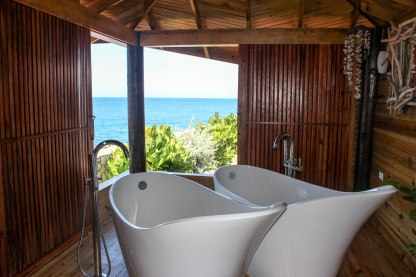 these are the new bathtubs in the spa. In the next few weeks, look out for my post on the bathing ritual!