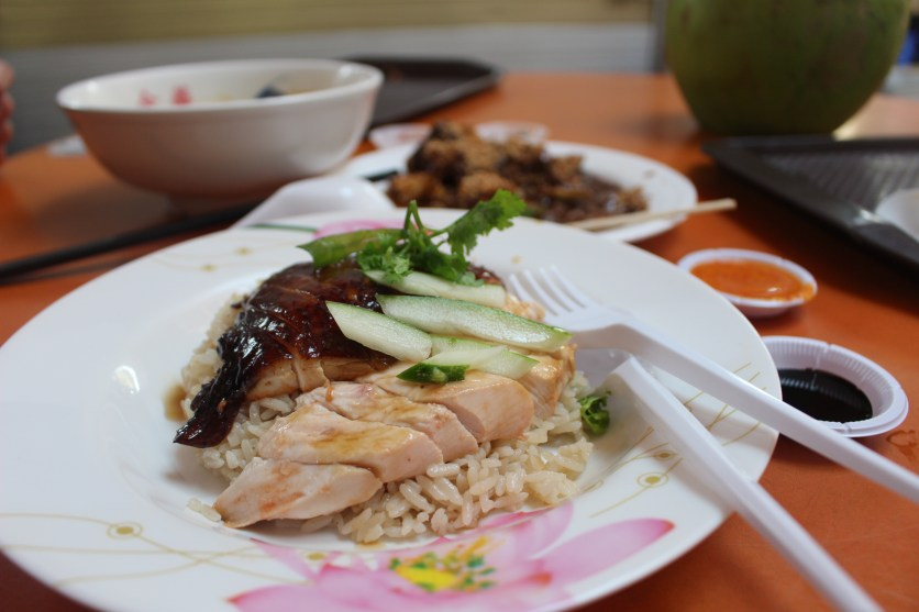 Shiok was the first thing that came to mind when I tasted the mouthwateringly good namesake dish at Hong Xiang Hainanese Chicken Rice.