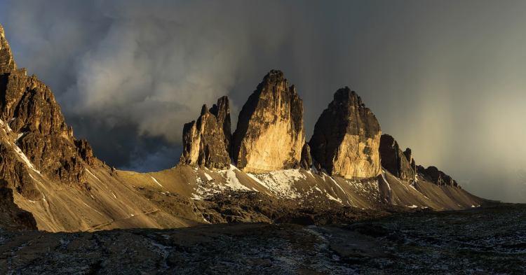 Tre Cime w świetle wschodzącego słońca. Fot. Ulralovers Jacek Deneka