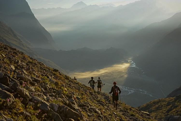 UTMB 2015. Widok na dolinę. Fot. Franck Oddoux