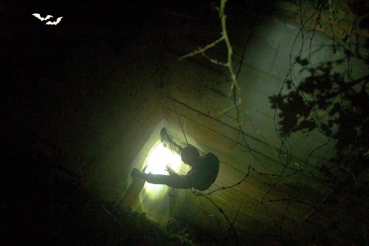 Zejście do podziemi na poligonie Biedrusko. Fot. Materiały organizatora