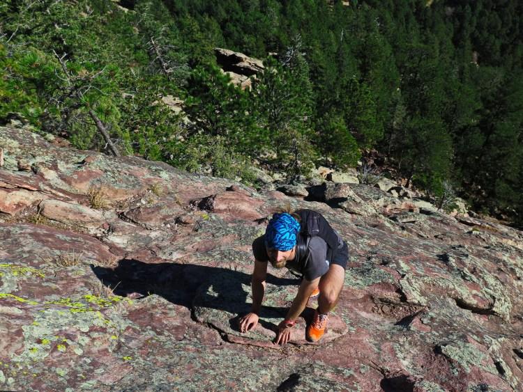 Zabawy wspinaczkowe na słynnych Flatironach koło Boulder w Kolorado.
