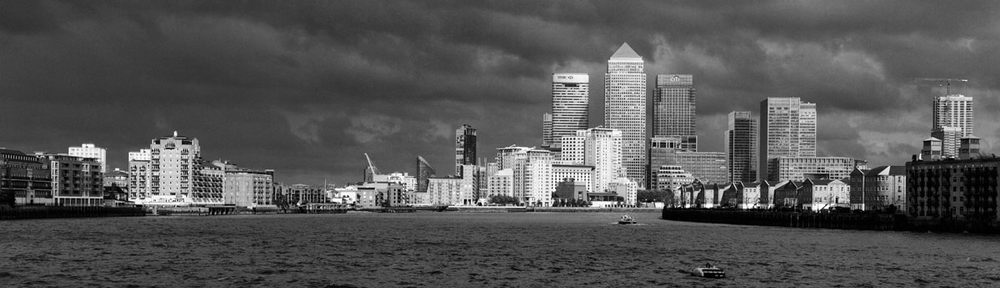 River Thames, Canary Wharf, London, UK