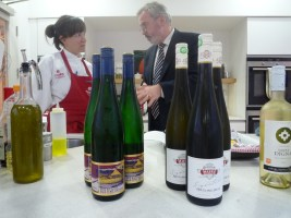 Nicola and Liam discuss the Wine.