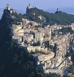 Camorra, soldi dei casalesi a San Marino scoperto giro di riciclaggio, 24 arrestati