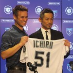 Ichiro_signed_1_year_contract_with_Seattle_Mariners