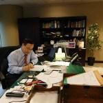 CG-Japan-Yoichiro-Yamada-at-desk