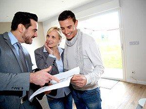 С чего начать и к кому обратиться покупателю квартиры