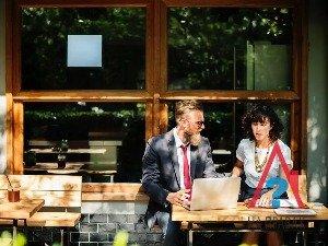 Преимущества и недостатки сделок с недвижимостью через агентство
