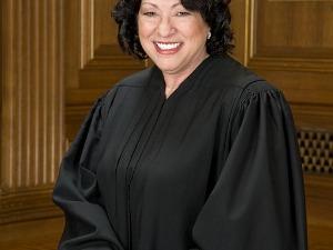 Судья, принимающий решение о выписке