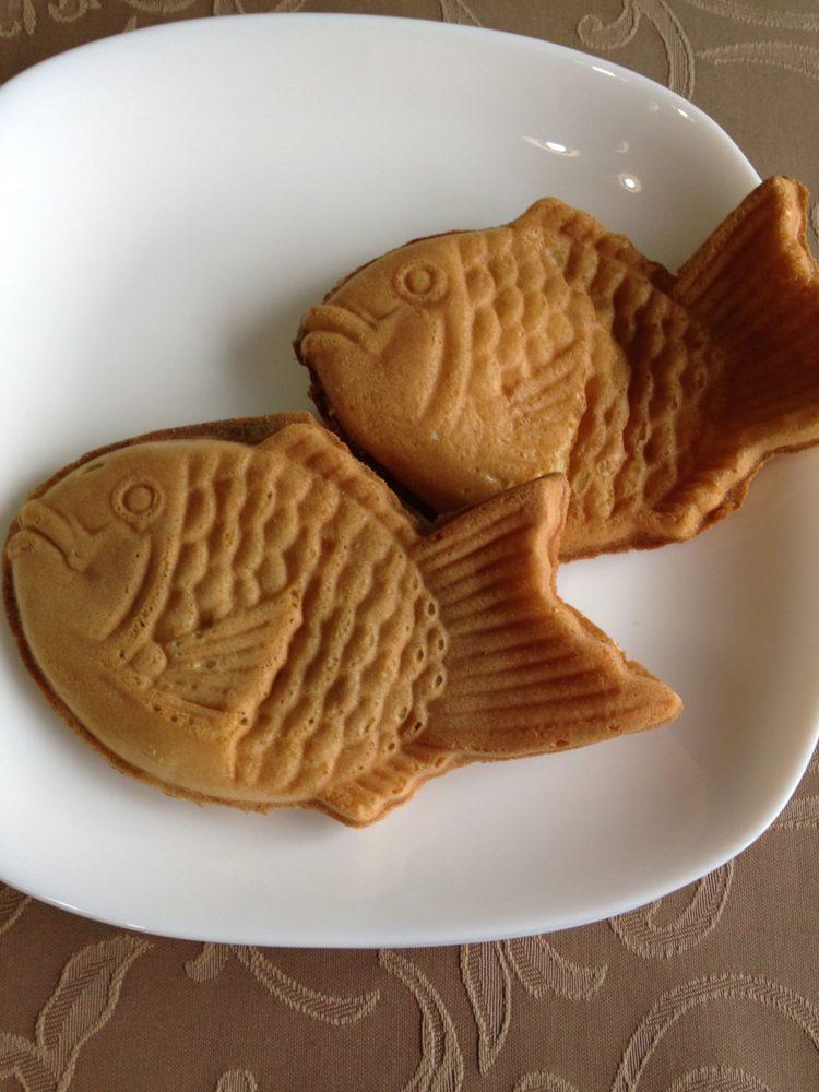 奈良で食べ歩き 幸せの黄金鯛焼き