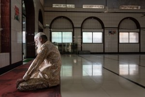 Patient Montaj Uddin Shekh prays in the mosque. Photo credit: Sakib Pratyay and Juthika Dewry.