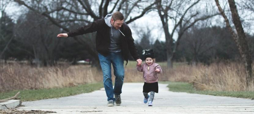 Porqué los hijos de Narcisistas se convierten en Niños Adultos