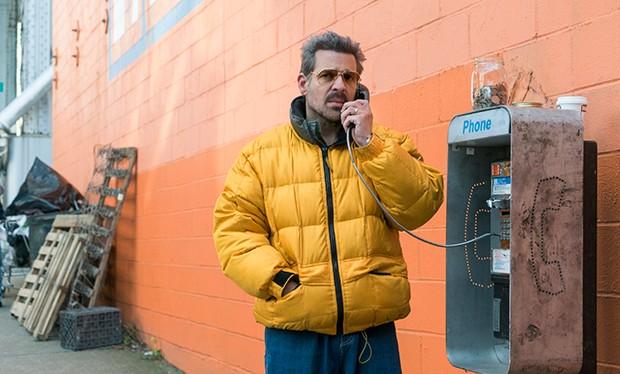 チェペ・サンタクルス・ロンドーニョ(Chepe Santacruz Londoño)俳優:ペピ・ハパゾティ(Pêpê Rapazote)