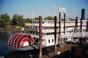 delta-king-old-sacramento