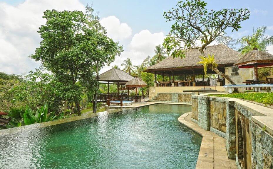 hotel dengan private pool di Bali.jpg beji via beji ubud resort.jpg
