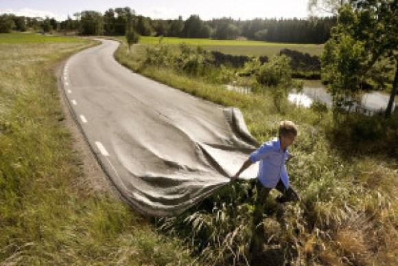 Go your own road (erikjohanssonphoto.com, 2008.)