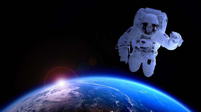Емир Кустурица : Ако крену ракете, нестаће људи у пакленој ватри, а васиона ће ћутке апсорбовати тај догађај!