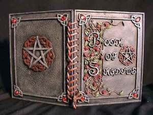 El Libro de las Sombras ( Book of Shadows)