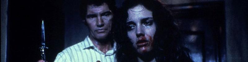 Extrait illustrant l'un des antagonistes d'Hellraiser (Franck) avec Kirsty