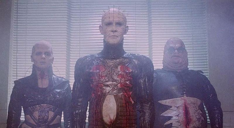 Trois cénobites, des êtres torturés au teint blafard, monstre de cuir et de chair. pour cette ultime sélection de film pour halloween