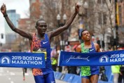 ESPECTACULAR SPRINT FINAL EN EL MARATÓN DE BOSTON