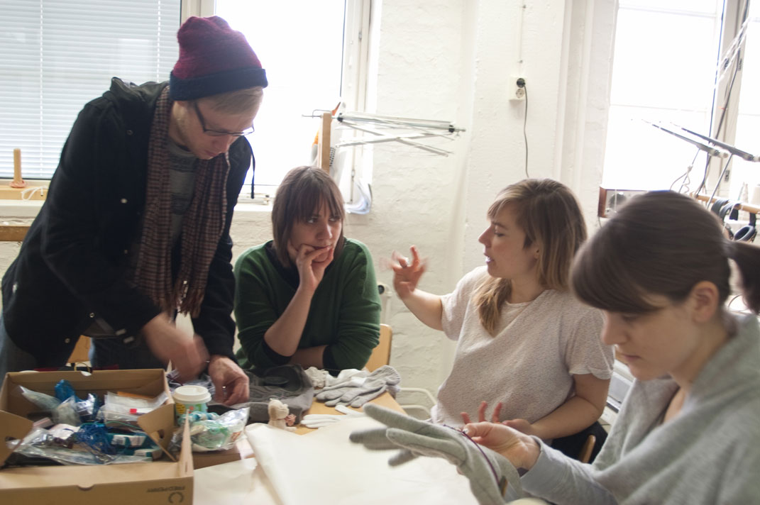 Workshop: Textile thinking for Electronics