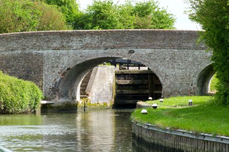Approach to lock