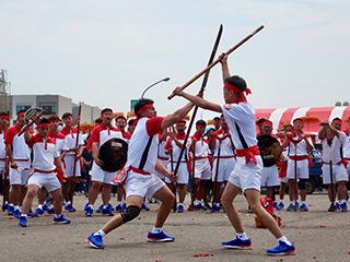 「土城香」での演武を披露する宋江陣