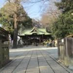 鶏がいて関東三天神の谷保天満宮は合格祈願の受験生に人気の初詣スポット!