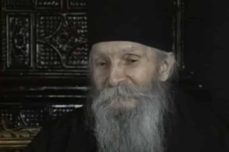 Proročanstvo oca Tadeja: Crnu Goru čeka krvavi rat, a Srbiji će krenuti kada se pojavi ovaj znak 5