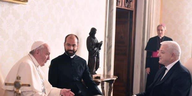 Papa dogodine u Crnoj Gori 1