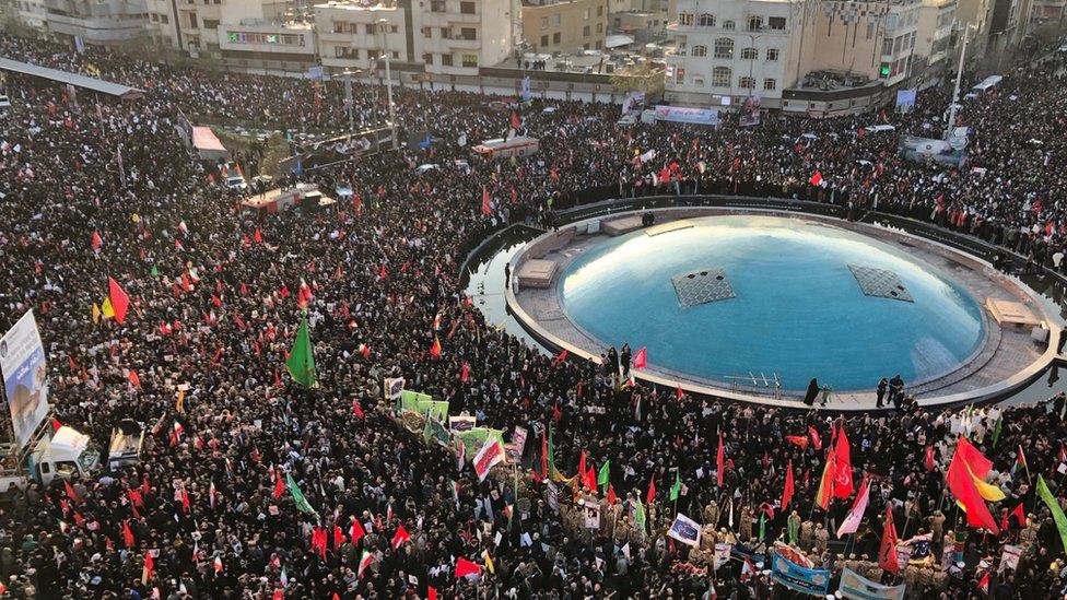 U IRANU NESTABILNO: Odložena sahrana generala Kasima Sulejmanija 1