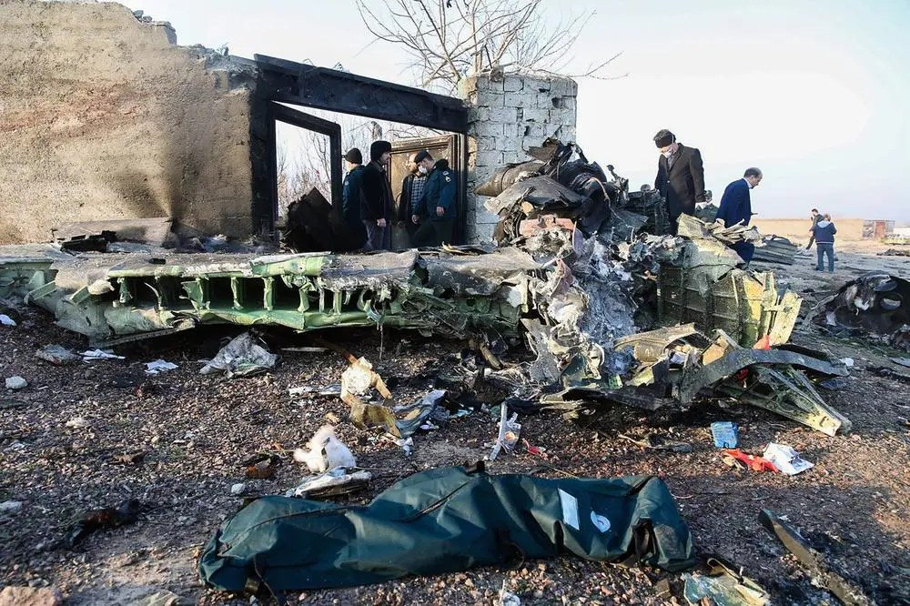 DA LI JE OBOREN? Srušio se ukrajinski avion sa 176 putnika, nema preživelih (VIDEO) 1
