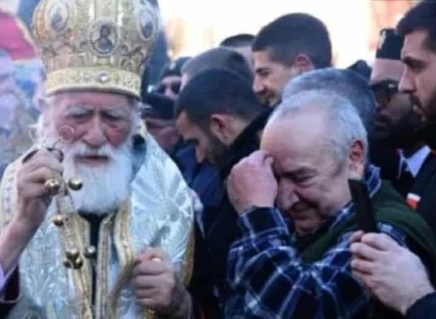 NEVIĐENI BLAM: Evo kako je Miraš čestitao Božić Crnogorcima (VIDEO) 1