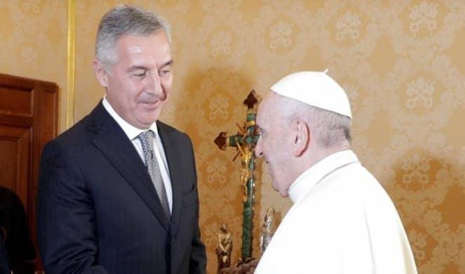 MILO SE IPAK PREVARIO! Papa ne dolazi u Crnu Goru! 1