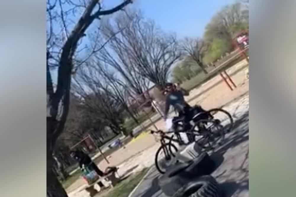 VESIĆU PREKIPELO: Nije normalno da se šeta parkovima dok ljudi umiru! 1