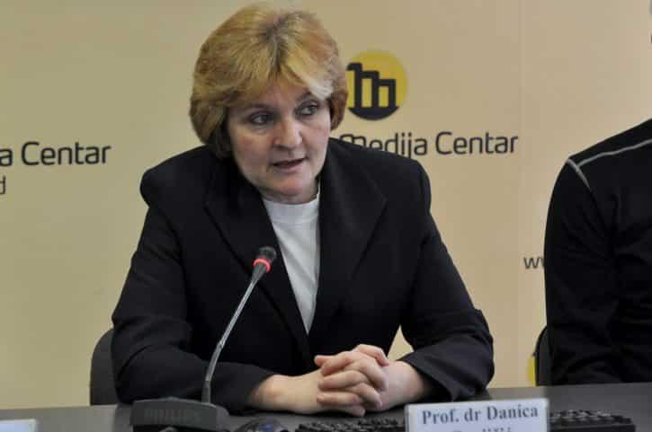 GRUJIČIĆEVA: Vučić je institucija, u avgustu će se sve završiti 1