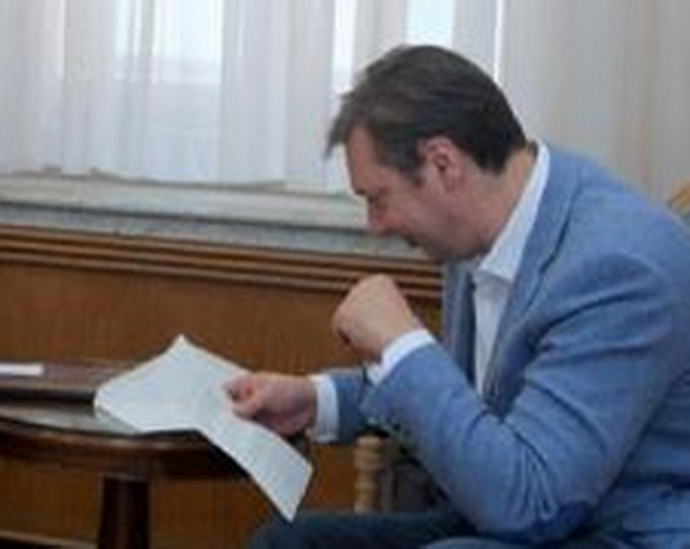 NOVI NON-PEJPER OSTAVLJA KOSMET U SRBIJI: Vučić se uspaničio, NE SME DA SE IZJASNI O NJEMU! 1